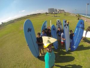 ילדי מחזור 2014 בקייטנות הגלישה של סי אנד סאן